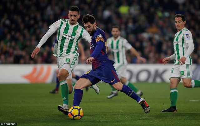 Lionel Messi tỏa sáng rực rỡ trước Real Betis