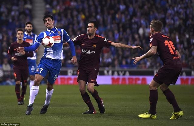 Espanyol luôn chơi đầy khó chịu khi gặp Barca ở derby Catalonia