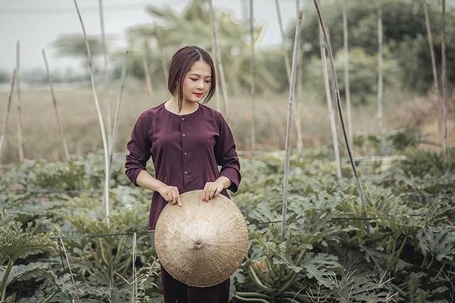 Cảm xúc Vũ Phương không quá khó để thực hiện bộ ảnh bởi từ bé cô gái này đã quen với cuộc sống nông thôn.