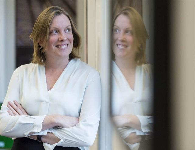 Bộ trưởng Cô đơn Anh Tracey Crouch (Ảnh: NBC)