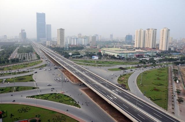 Cầu cạn vành đai 3 đoạn Mai Dịch - Bắc Hồ Linh Đàm được làm trước đó