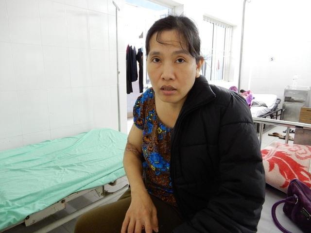 Chị Đào đang điều trị tại Bệnh viện Chỉnh hình và Phục hồi chức năng Đà Nẵng