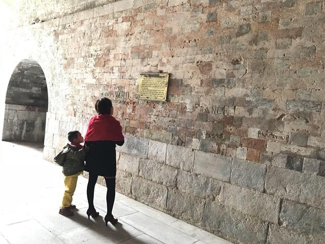 Khám phá bí ẩn vết lõm xuyên 3 thế kỷ trên thành Hà Nội - 14
