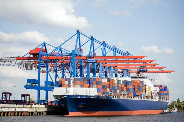 Thủ tướng yêu cầu Bộ GTVT xem xét thông tin và đề xuất hướng giải quyết việc tăng cước phí tàu hàng xuất sang Úc