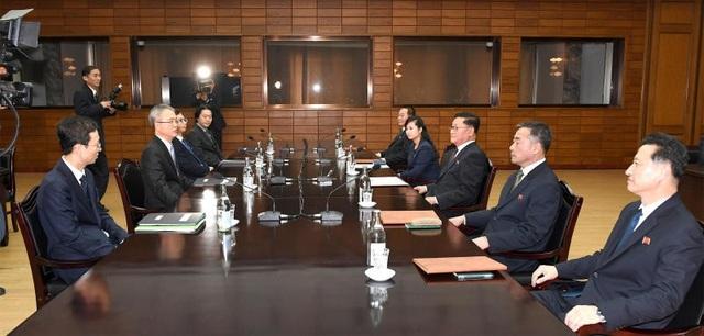Cuộc đàm phán cấp chuyên viên giữa Triều Tiên và Hàn Quốc ngày 15/1 với sự tham gia của người phụ nữ duy nhất. (Ảnh: Yonhap)