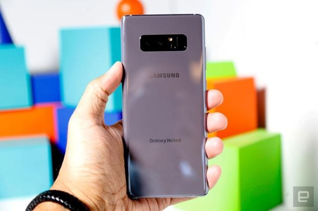 Loạt smartphone vừa bán tại Việt Nam trong tháng 1/2018 - 1