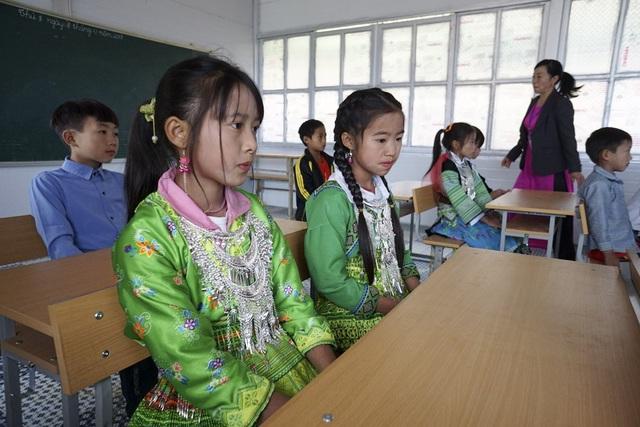 Khánh thành công trình phòng học Dân trí thứ 15 tại Chiềng Kheo - 8