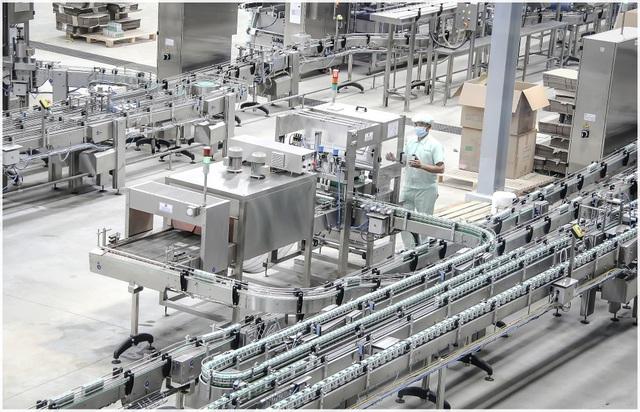 giây chuyền sản xuất sữa tươi hiện đại của nutifood