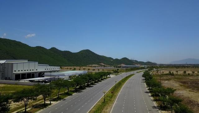 Khu công nghệ cao Đà Nẵng thu hút được 8 dự án với tổng vốn đầu tư đăng ký hơn 187 triệu USD đã cơ bản hoàn thiện hạ tầng giao thông để chào đón các nhà đầu tư