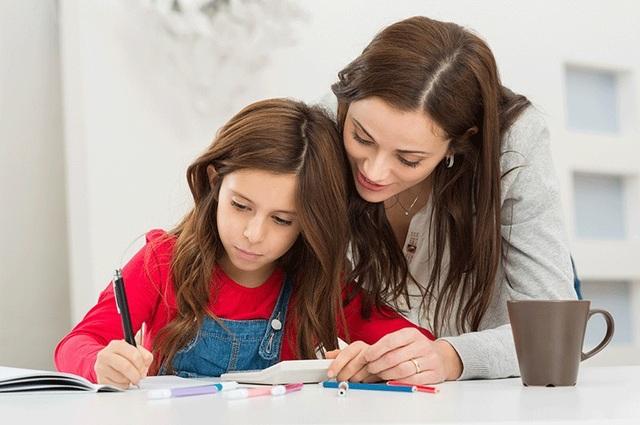 Cha mẹ nào cũng mong mỏi nuôi dạy được những đứa con vừa thành công vừa hạnh phúc. (ảnh minh họa)