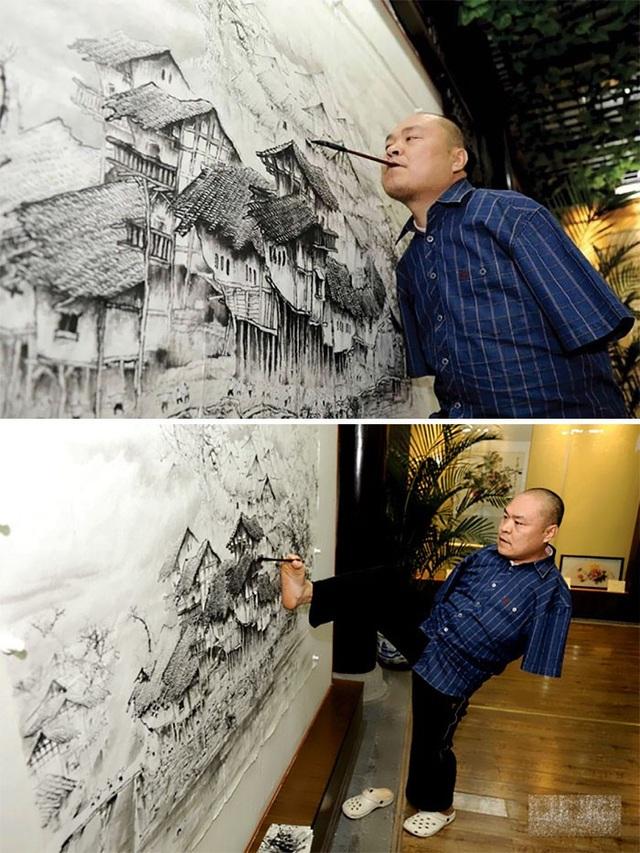 Huang Guofu mất đi hai cánh tay sau một vụ tai nạn điện năm 4 tuổi. Đến năm 12 tuổi, anh tìm thấy niềm đam mê trong hội họa và bắt đầu tập vẽ tranh bằng chân và miệng. Đến nay, họa sĩ Huang Guofu đã trở thành một niềm tự hào của những người khuyết tật trên toàn thế giới.