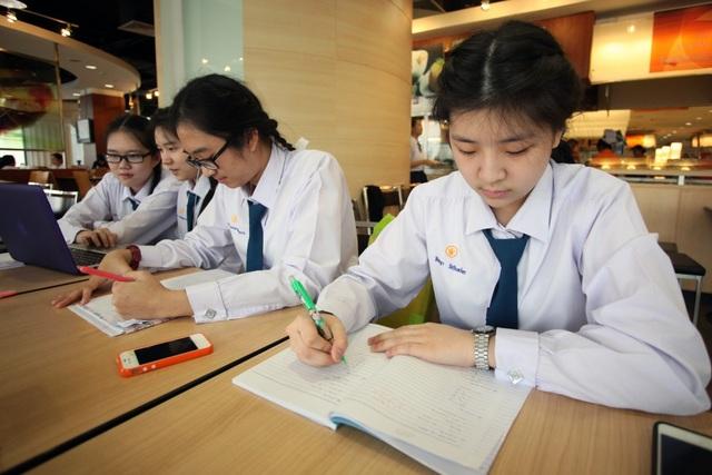 Thủ tướng Thái Lan Prayut Chan-o-cha vừa lên tiếng kêu gọi giảm lượng bài tập về nhà cho học sinh.