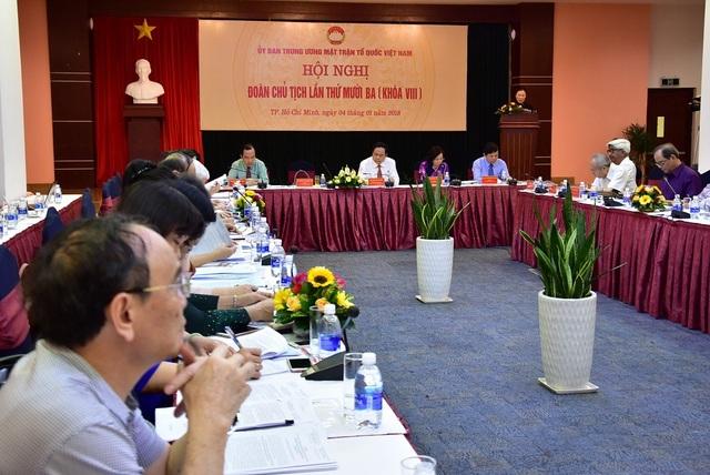 Hội nghị lần thứ 13 của Đoàn Chủ tịch UBTW MTTQ Việt Nam khóa VIII có nhiều ý kiến đóng góp để chống tham nhũng, lãng phí