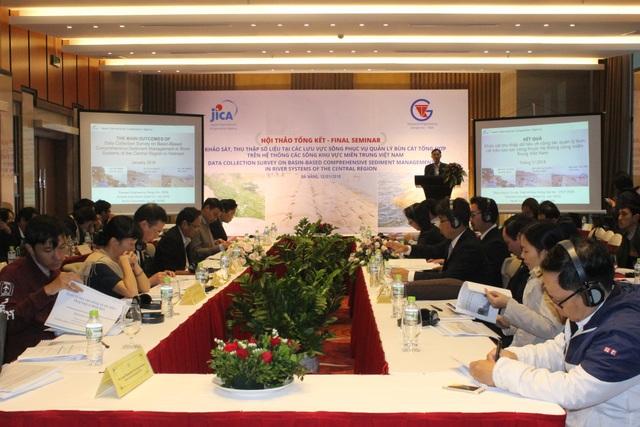 Hội thảo nhằm tìm ra nguyên nhân và đề xuất giải pháp chống sạt lở bùn cát trên hệ thống sông khu vực miền Trung Việt Nam diễn ra tại Đà Nẵng