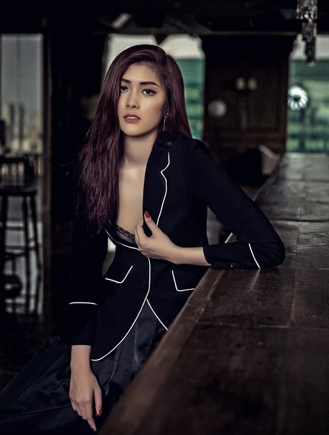 """Người đẹp Huỳnh Tiên """"cô đơn"""" ở trời Tây - 6"""