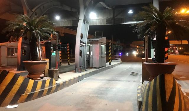 Chính thức dừng thu phí phương tiện qua trạm BOT Xa lộ Hà Nội - 9