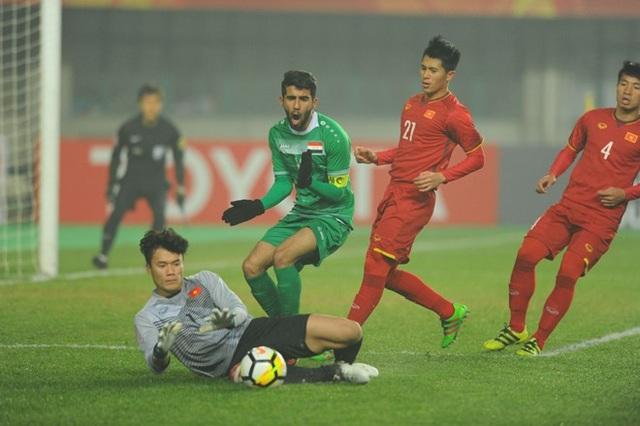 Thủ môn Tiến Dũng tỏa sáng trong trận tứ kết với U23 Iraq