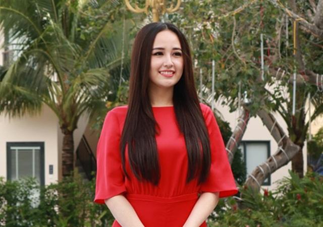 Khi được hỏi vì sao lại mất tích lâu như vậy, Hoa hậu Việt Nam cho biết, đến thời điểm này đã đăng quang Hoa hậu được 12 năm. Trong đó, có tới 7-8 năm hoạt động liên tục nên đến năm 2014 cô thấy như vậy cũng đủ rồi, nên dành thời gian cho bản thân.