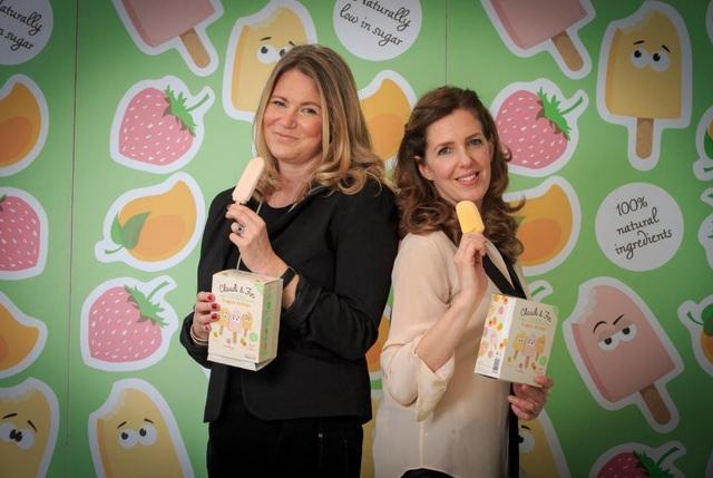 Meriel Kehoe và Lucy Woodhouse hiện đang điều hành một doanh nghiệp kem hoa quả nhà làm. (Nguồn: Nick Obank)
