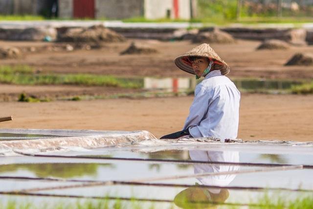 Diêm dân nhọc nhằn giữ nghề ở Hải Lý - 8