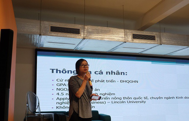 Diễn giả Nguyễn Thị Xuân Quỳnh - ứng viên xuất sắc dành được học bổng New Zealand ASEAN.