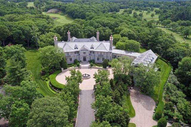 Ngôi biệt thự đắt nhất bang Massachusetts này nằm trong thành phố Chestnut Hill. (Nguồn: BI)
