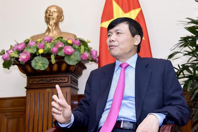 Thứ trưởng Bộ Ngoại giao Đặng Đình Qúy