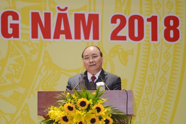 Thủ tướng Nguyễn Xuân Phúc đánh giá cao công tác điều hành chính sách tiền tệ của Ngân hàng Nhà nước trong năm qua.