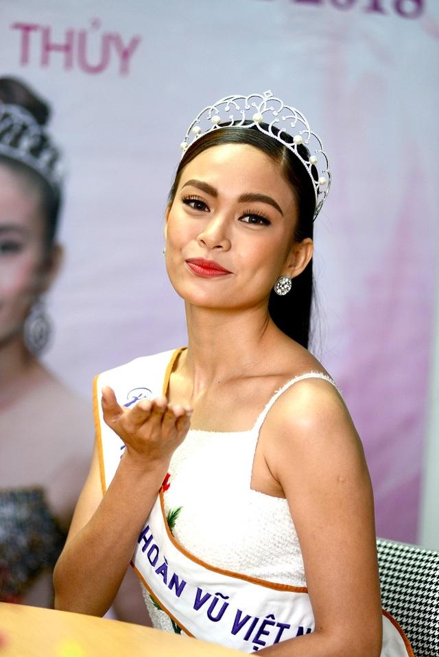 Top 3 người đẹp Hoàn vũ Việt Nam bật mí nhiều điều thú vị cùng độc giả Dân trí - 17