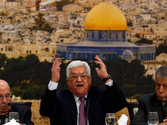 Nhà lãnh đạo Palestine Mahmoud Abbas chỉ trích Tổng thống Trump trong phiên họp ngày 14/1 (Ảnh: AFP)