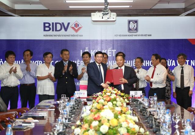 BIDV và Hiệp hội doanh nghiệp Nhỏ và Vừa Việt Nam (VINASME) ký kết thỏa thuận hợp tác toàn diện nhằm mục đích hỗ trợ và phát triển doanh nghiệp vừa và nhỏ.