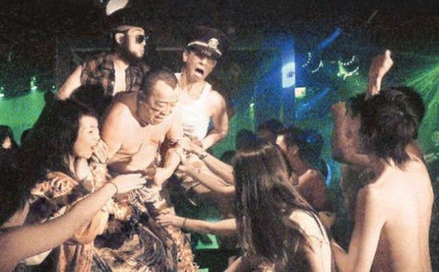 Ông trùm làng giải trí Hong Kong đang bị bủa vây bởi các bê bối tình dục