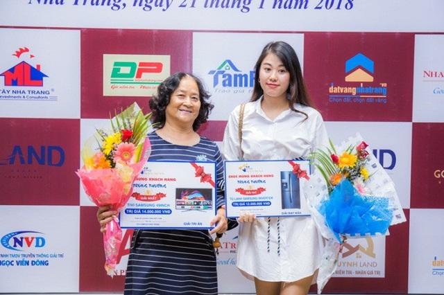 Bất ngờ khách hàng trúng thưởng Honda SH khi mua P.H Complex Nha Trang - 3