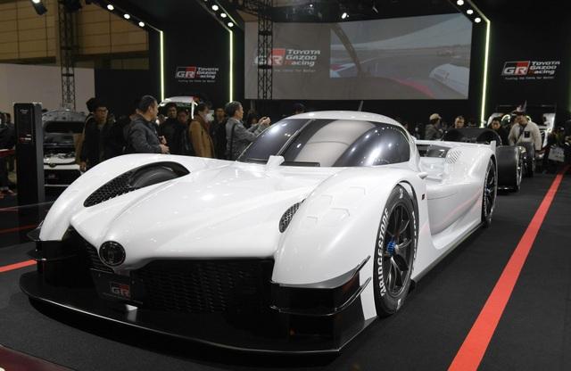 Một siêu xe được cải tiến lấy cảm hứng từ xe đua công thức 1 của hãng Toyota.