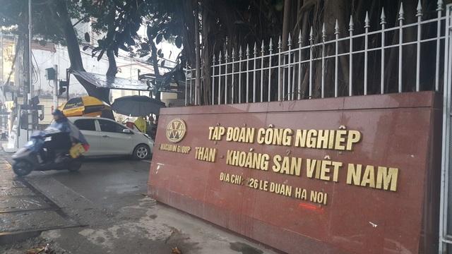 Trụ sở Tập đoàn Than-Khoáng sản Việt Nam tại số 226 Lê Duẩn, Hà Nội (Ảnh: Thế Kha).