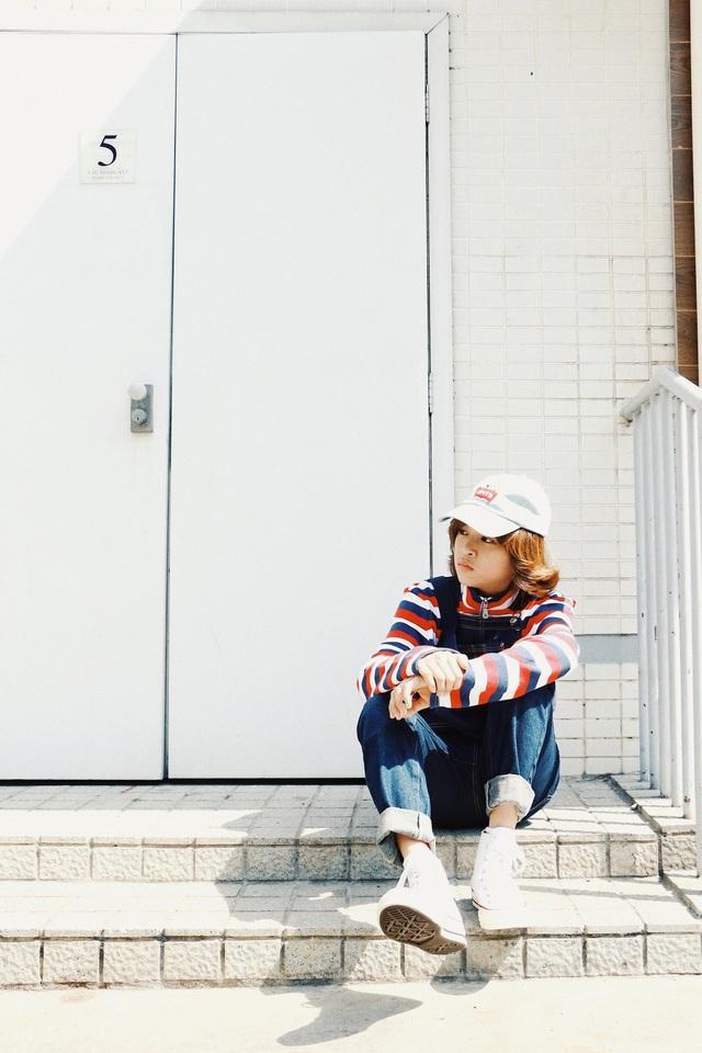Thời gian qua, Thiên Khôi vinh dự được đồng hành trong các chương trình tầm cỡ như Duyên dáng Việt Nam và Festival Đà Lạt bên cạnh những giọng ca tên tuổi khác. Tuy nổi tiếng từ khá sớm nhưng cậu không quên nhiệm vụ chính của mình là việc học. Ngoài thời gian học các môn văn hóa trên lớp, giọng ca nhí dành nhiều thời gian cho việc học đàn và trau dồi kỹ năng thanh nhạc.