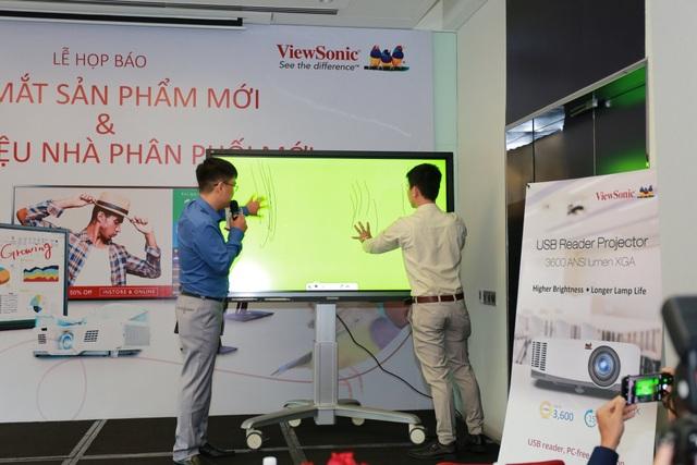 Viewsonic tung màn hình tương tác mới tại Việt Nam