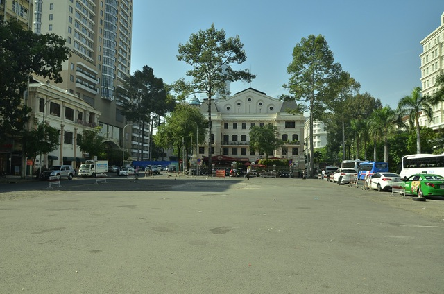 Bãi xe khủng ở Công trường Lam Sơn (phường Bến Nghé) đã bị xoá sổ