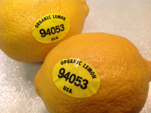 Mua trái cây nhập ngoại, đừng quên kiểm tra dãy số này trên tem - 4