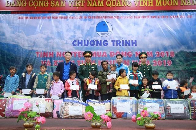 Mang đông ấm lên miền biên giới Điện Biên - 3