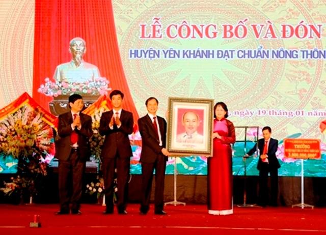 Huyện thứ 3 tại Ninh Bình đạt chuẩn nông thôn mới - 2