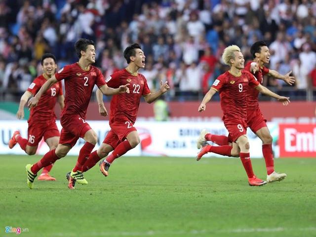 Đội tuyển Việt Nam thống trị bảng xếp hạng từ khóa tìm kiếm trong sáng 21/1 - 3