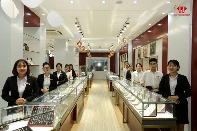 Chỉ trong 3 năm Huy Thanh Jewelry phủ 19 showroom trên khắp cả nước! - 2