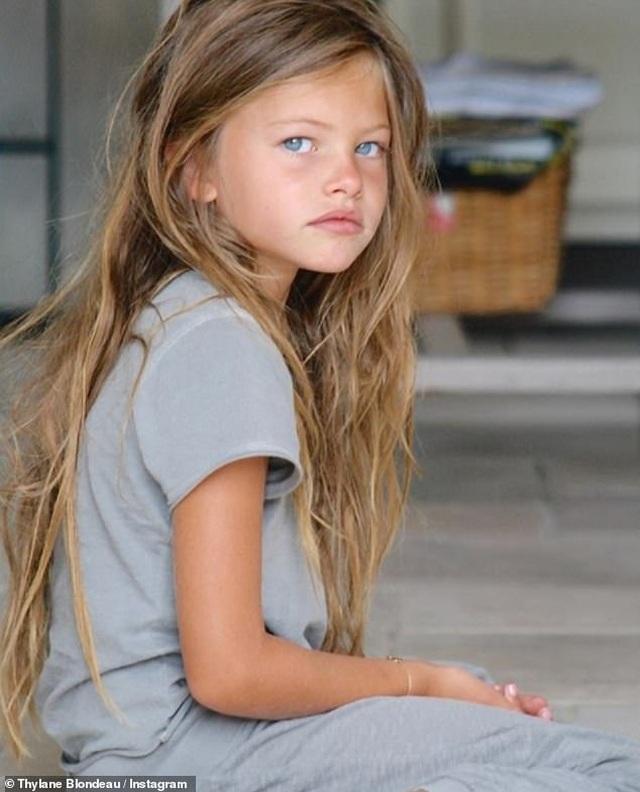 10 năm đổi thay của cô gái có gương mặt đẹp nhất thế giới - 2