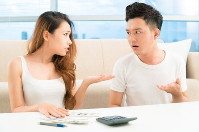 Bí quyết chi tiêu khiến vợ chồng không phải cãi nhau vì tiền - 1