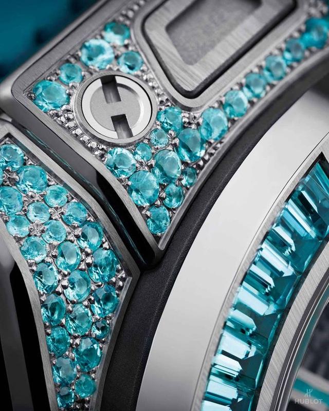 Hublot lần đầu tiên đưa loại đá hiếm hơn cả kim cương lên đồng hồ - 2