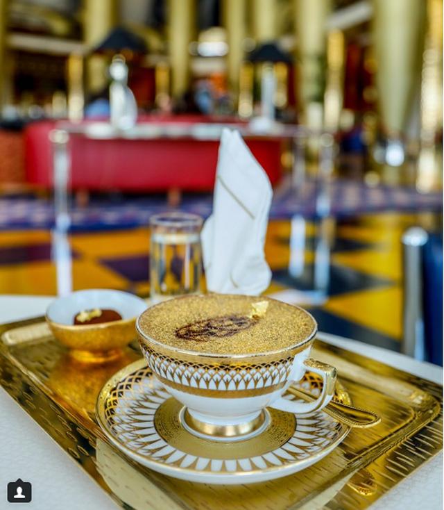 Những món ăn dát vàng siêu xa xỉ ở Dubai - 1