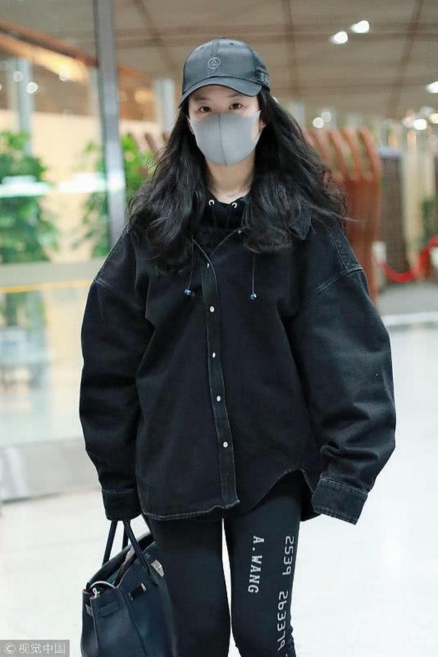 Hậu chia tay Song Seung Hun, Lưu Diệc Phi sống kín đáo và kép kín - 10