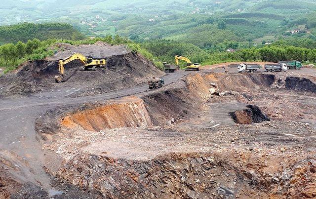 """Yêu cầu làm rõ trách nhiệm của doanh nghiệp """"đẻ"""" ra núi phế thải """"quái dị"""" tại Bắc Giang - 2"""