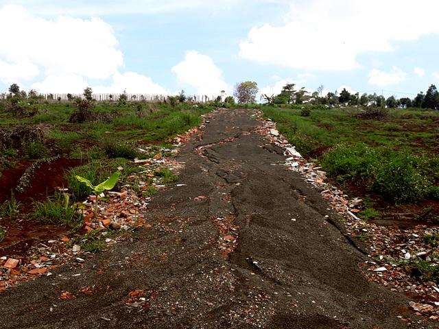 Những thửa đất nông nghiệp được phân lô bán nền trái phép ở TP. Pleiku